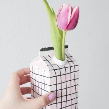 Upcycling DIY Vase aus Tetrapack