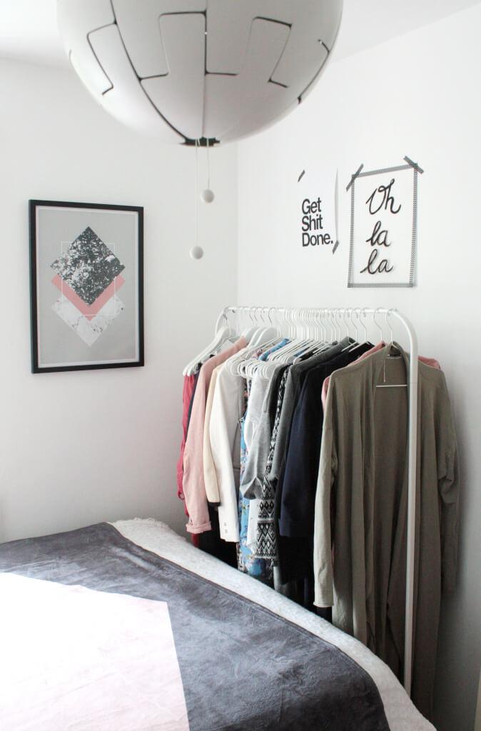 kleine zimmer einrichten lieblingsecke giveaway rosy. Black Bedroom Furniture Sets. Home Design Ideas