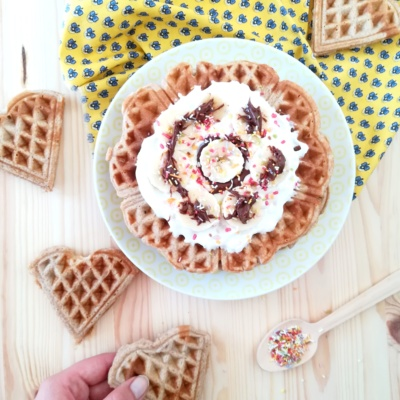 Waffeln ohne Butter mit Bananen-Nutella-Topping