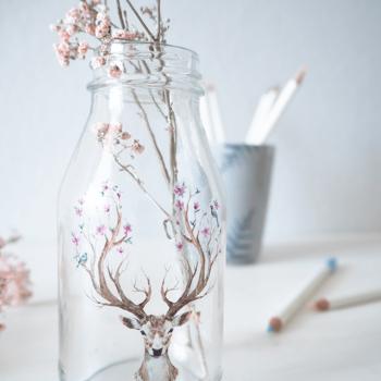 Vase verzieren mit Tattoos auf Glas