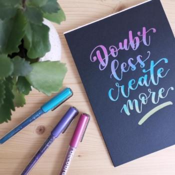 Lettering auf dunklem Papier: Meine Material Empfehlungen
